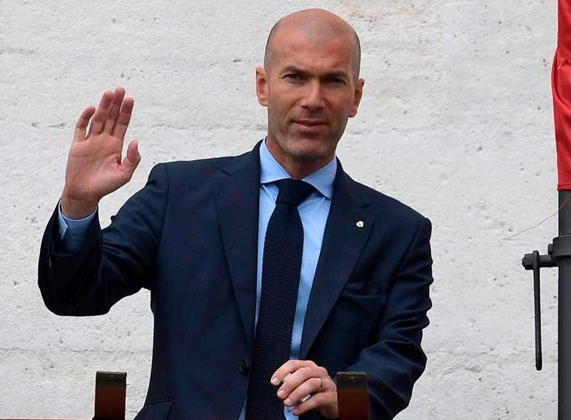 زين الدين زيدان : لهذا السبب قدمت إستقالتي من ريال مدريد