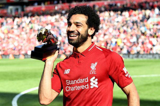 مدافع ليفربول الإنجليزي يؤكد محمد صلاح فى مستوى رونالدو وميسي